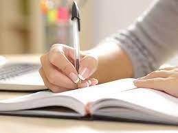 ทำความรู้จักอาชีพนักเขียนนิยาย